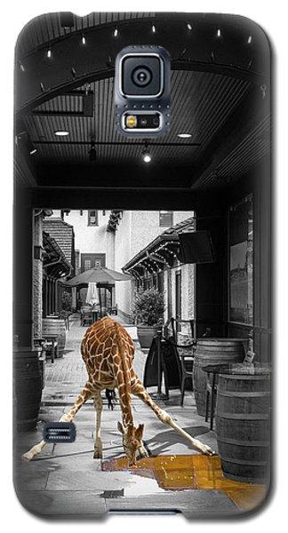Giraffe Drinking Whiskey Series 4987y Galaxy S5 Case