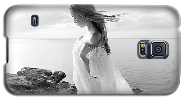 Girl In A White Dress By The Sea Galaxy S5 Case