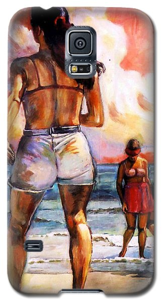 Girl On The Beach Galaxy S5 Case by Stan Esson