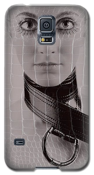 Galaxy S5 Case featuring the photograph Girl With Big Eyes by Michael Edwards