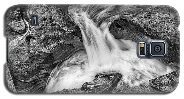 Glacier National Park's Avalanche Gorge In Black And White Galaxy S5 Case