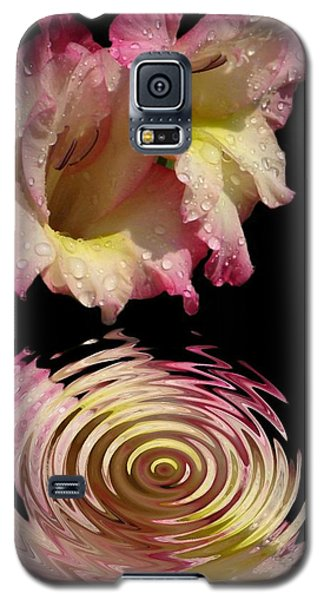 Galaxy S5 Case featuring the photograph Glad Drip by Rick Friedle