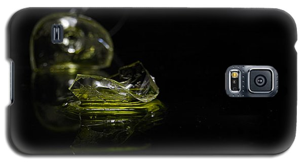 Galaxy S5 Case featuring the photograph Glass Shard by Susan Capuano