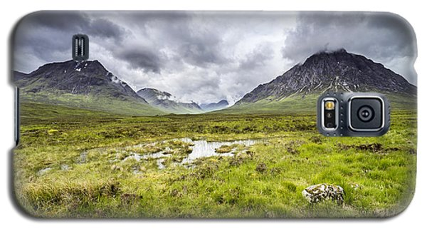Galaxy S5 Case featuring the photograph Glencoe by Jeremy Lavender Photography