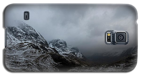 Galaxy S5 Case featuring the digital art Glencoe - Three Sisters by Pat Speirs