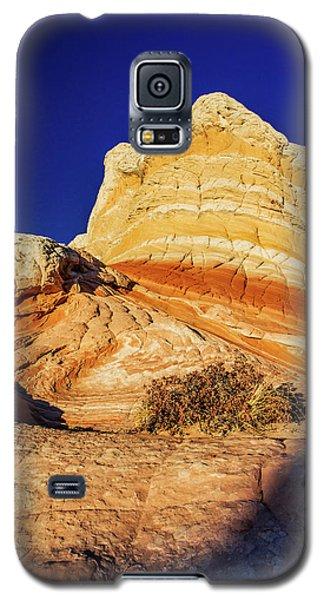 Galaxy S5 Case featuring the photograph Glimpse by Chad Dutson
