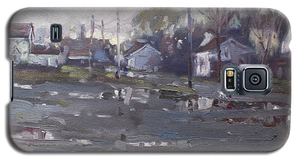 Gloomy And Rainy Day By Hyde Park Galaxy S5 Case by Ylli Haruni