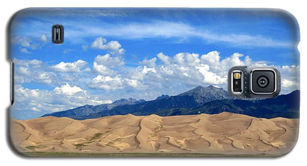 Galaxy S5 Case featuring the photograph Glorious Morning 2 by Paula Guttilla
