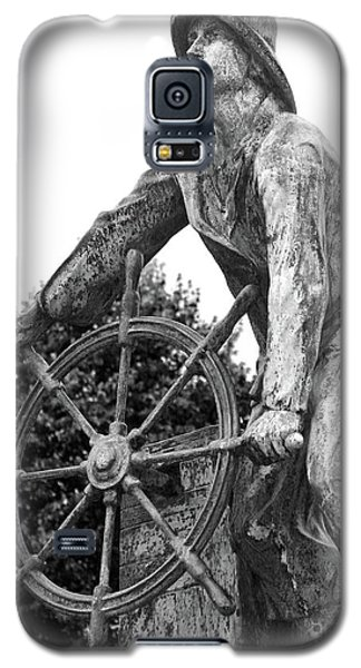 Galaxy S5 Case featuring the photograph Gloucester Fisherman's Memorial by Mitch Cat