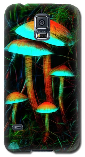 Glowing Mushrooms Galaxy S5 Case
