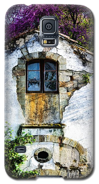 Galaxy S5 Case featuring the photograph Glowing Old Window In Portugal by Marion McCristall