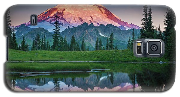 Mountain Galaxy S5 Case - Glowing Peak - August by Inge Johnsson