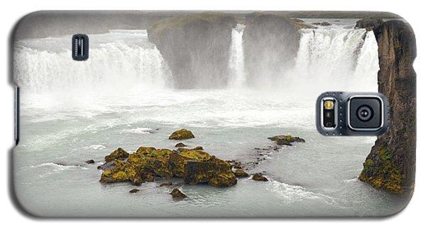 Galaxy S5 Case featuring the photograph Godafoss by Joe Bonita