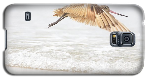 Godwit Over The Ocean Galaxy S5 Case