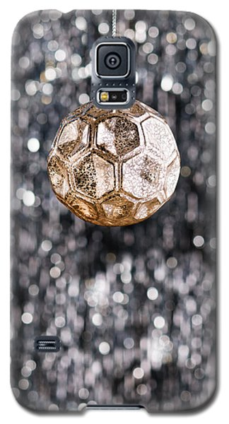 Galaxy S5 Case featuring the photograph Gold Christmas by Ulrich Schade