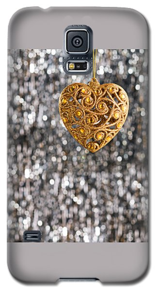 Galaxy S5 Case featuring the photograph Gold Heart  by Ulrich Schade