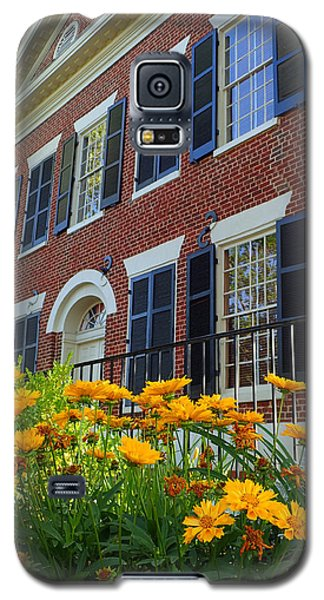 Golden Blooms At The Dahlonega Gold Museum Galaxy S5 Case