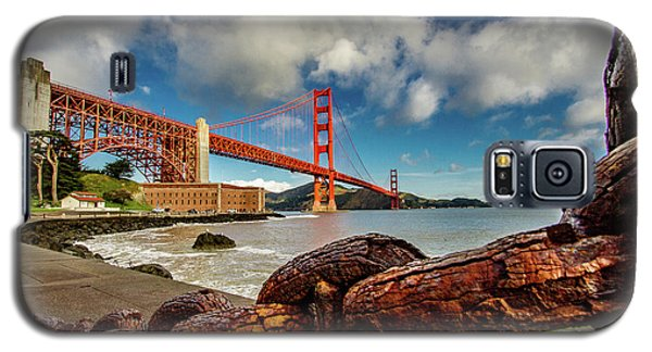 Galaxy S5 Case featuring the photograph Golden Gate Bridge And Ft Point by Bill Gallagher