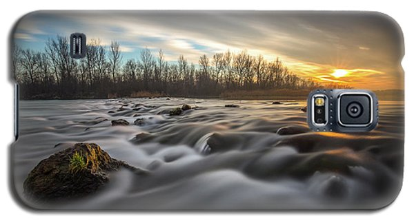 Galaxy S5 Case featuring the photograph Golden Hour by Davorin Mance