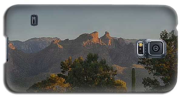 Galaxy S5 Case featuring the photograph Golden Hour On Thimble Peak by Dan McManus