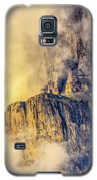 Golden Mist On Cathedral Mountain Galaxy S5 Case