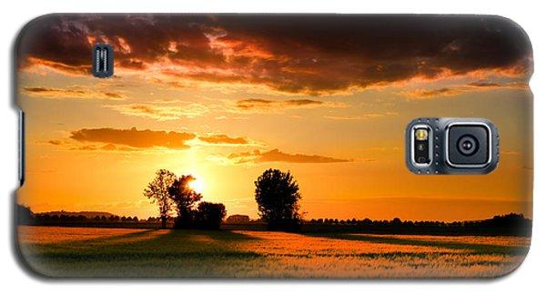Galaxy S5 Case featuring the photograph Golden Sunset by Franziskus Pfleghart
