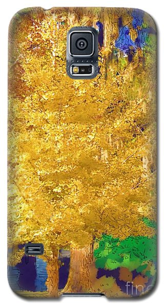 Galaxy S5 Case featuring the photograph Golden Tree by Donna Bentley