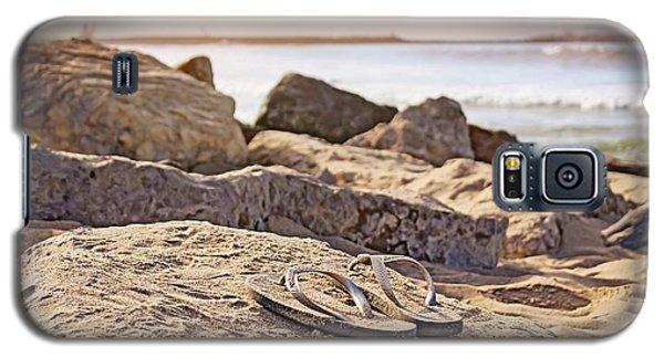 Gone Surfin' Galaxy S5 Case