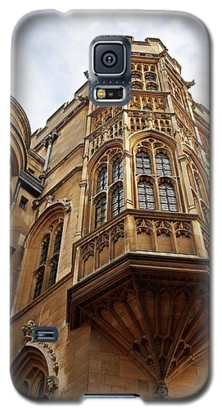 Galaxy S5 Case featuring the photograph Gonville And Caius College Library Cambridge by Gill Billington