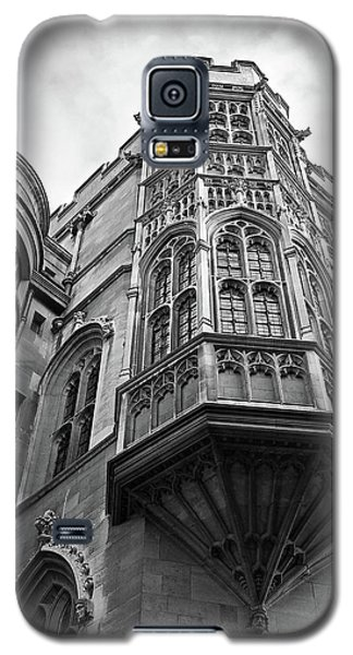 Galaxy S5 Case featuring the photograph Gonville And Caius College Library Cambridge In Black And White by Gill Billington