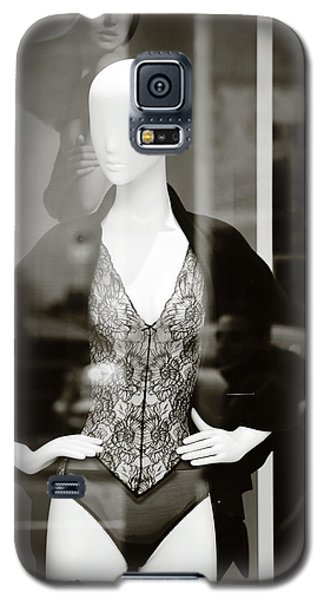 Galaxy S5 Case featuring the photograph Good Look Around by Empty Wall