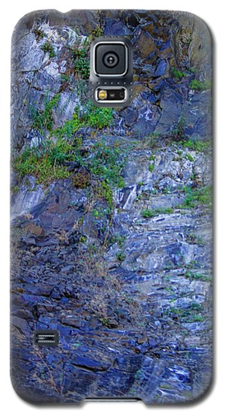 Galaxy S5 Case featuring the photograph Gorge-2 by Dale Stillman
