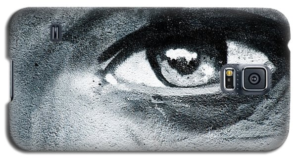 Galaxy S5 Case featuring the painting Graffiti Eye by Yurix Sardinelly