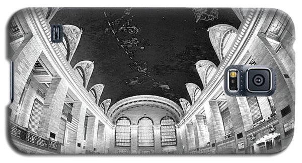 Galaxy S5 Case featuring the photograph Grand Central Station by Mitch Cat