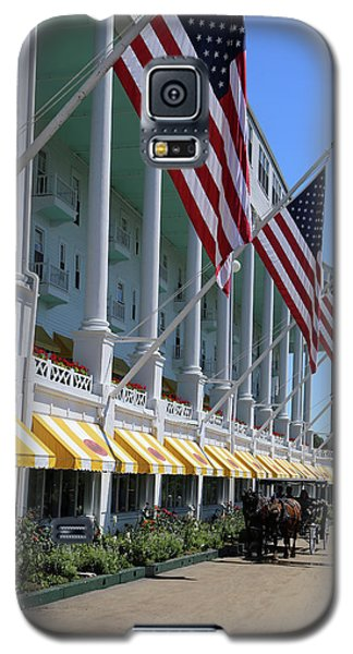 Grand Hotel With Taxi Galaxy S5 Case by Mary Bedy