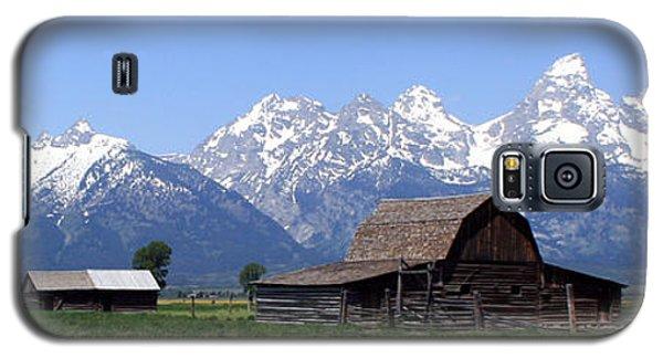Grand Teton Barn Panarama Galaxy S5 Case