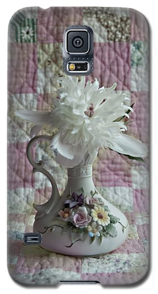Grandmother's Vase And Her Son's Quilt Galaxy S5 Case