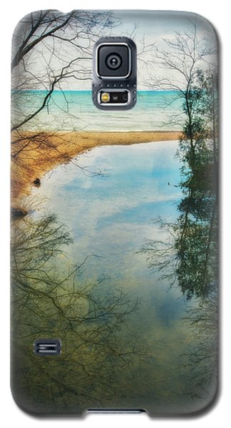 Galaxy S5 Case featuring the photograph Grant Park - Lake Michigan Shoreline by Jennifer Rondinelli Reilly - Fine Art Photography