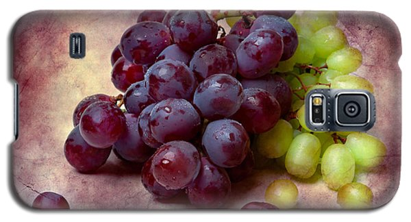 Galaxy S5 Case featuring the photograph Grapes Red And Green by Alexander Senin