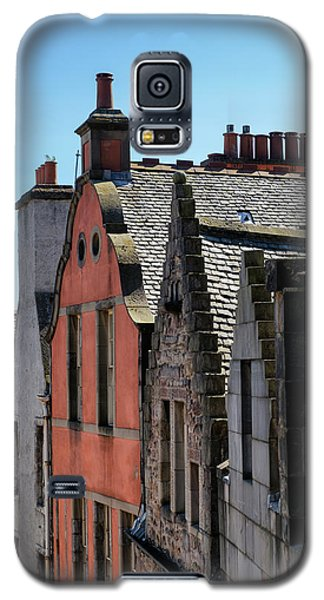Galaxy S5 Case featuring the photograph Grassmarket In Edinburgh, Scotland by Jeremy Lavender Photography