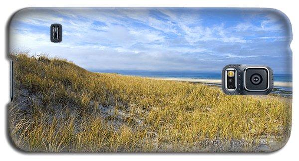 Grassy Sand Dunes Overlooking The Beach Galaxy S5 Case