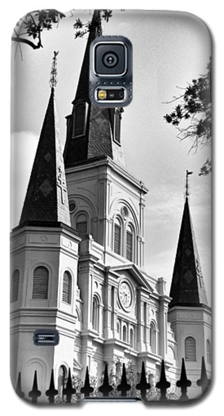 Grayscale St. Louis Cathedral Galaxy S5 Case