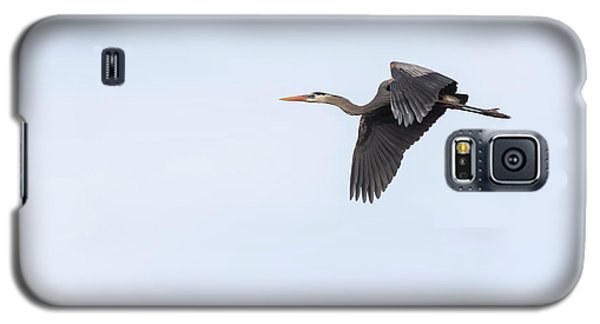 Galaxy S5 Case featuring the photograph Great Blue Heron 2017-1 by Thomas Young