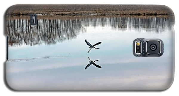 Great Blue Heron At Take-off Galaxy S5 Case