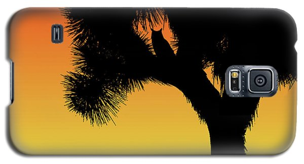 Great Horned Owl In A Joshua Tree Silhouette At Sunset Galaxy S5 Case