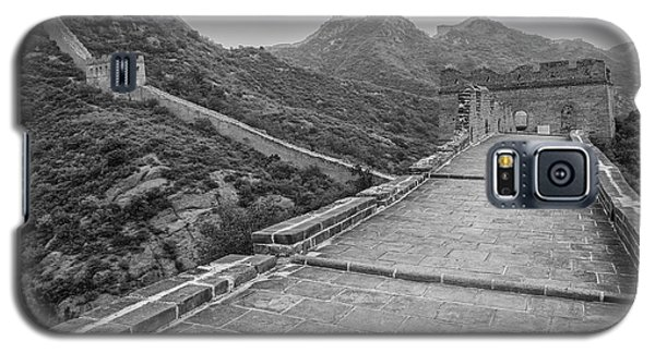 Galaxy S5 Case featuring the photograph Great Wall 5, Jinshanling, 2016 by Hitendra SINKAR