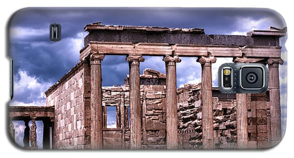 Galaxy S5 Case featuring the photograph Greek Temple by Linda Constant