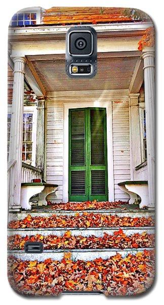 Green Autumn Door Galaxy S5 Case