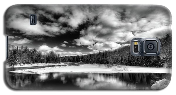 Galaxy S5 Case featuring the photograph Green Bridge Solitude by David Patterson