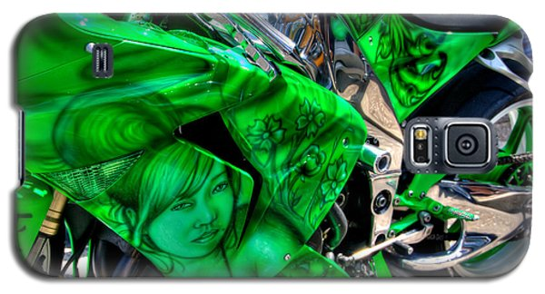 Galaxy S5 Case featuring the photograph Green Dream by Adrian LaRoque